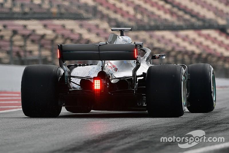雨天時の視認性向上へ。2019年のF1マシンへのリヤウイングライト装備、F1チームが賛同