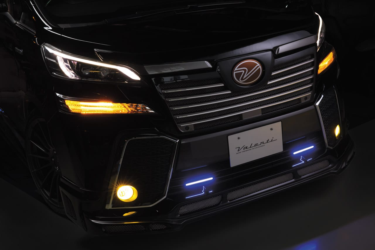 〈トヨタ・アルファード&ヴェルファイア〉アルヴェルカスタムの超定番LEDチューンで光をグレードアップ Valenti