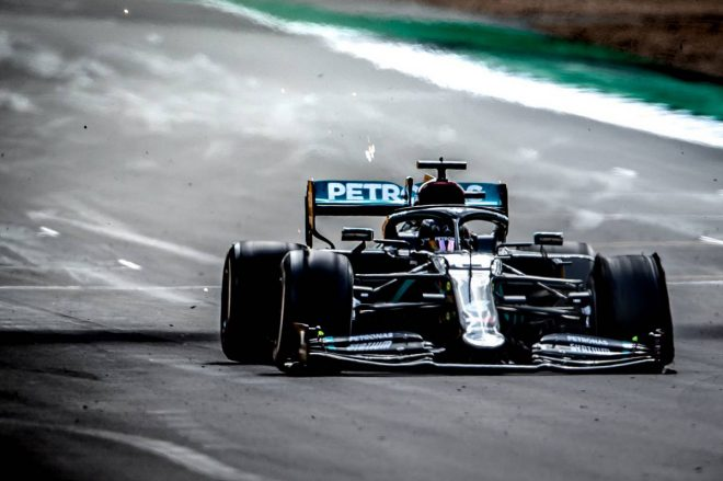 【F1第4戦無線レビュー(1)】3輪で走り続けたハミルトン、最終コーナー直前で「これがファイナルラップだよね」