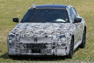 【スクープ】2ドアはFR駆動を継承! 次期「BMW2シリーズ・クーペ」の開発車両を捕捉