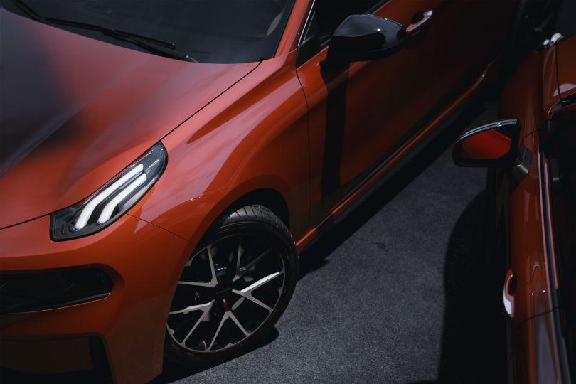 中国車の常識を覆す斬新さとは?──ボルボも関係する「Lynk & Co」に迫る!