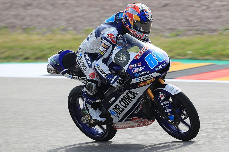 Moto3ドイツ決勝:ホルヘ・マルティン、横綱相撲で5勝目。ワイルドカード参戦の小椋藍は悔しい貰い事故