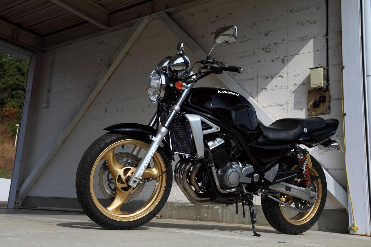 カワサキ「バリオス2」/250cc・4気筒バイクを振り返る!【絶版名車解説】