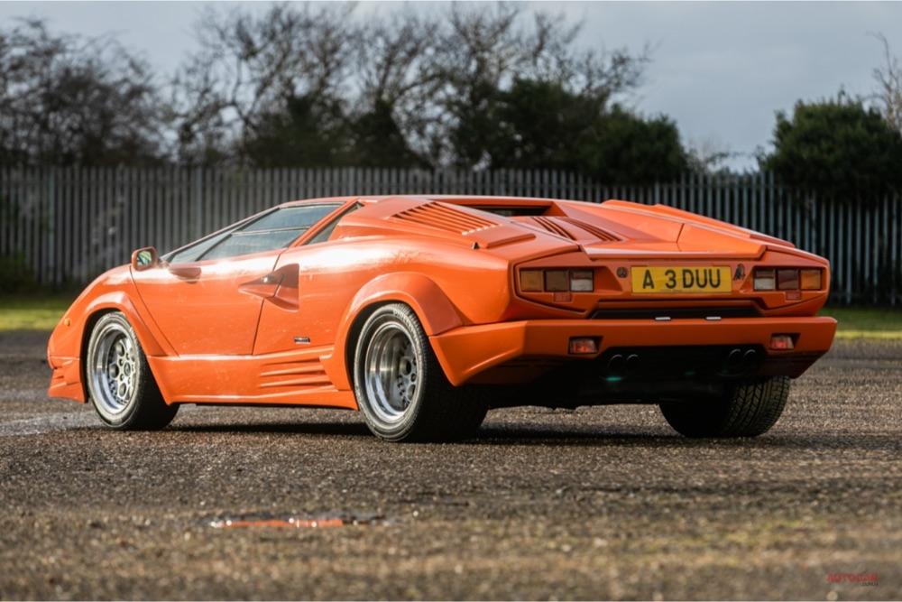 【走行6400km】特別な色のランボルギーニ・カウンタック 30年落ち 英オークションに