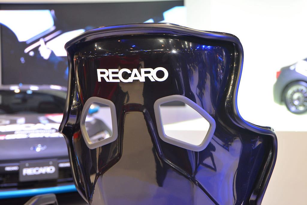 日本人に特化したRECAROの名作「PRO RACER RMS」にプチ変更【東京オートサロン2020】