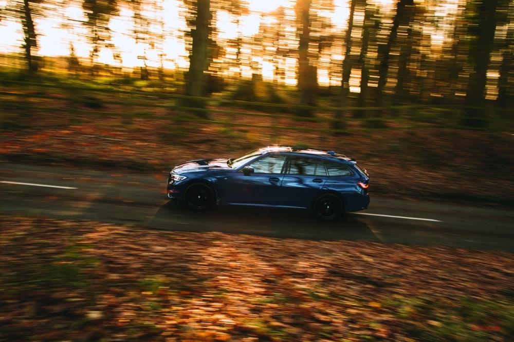 ロードテスト BMW 330d ★★★★★★★★★☆
