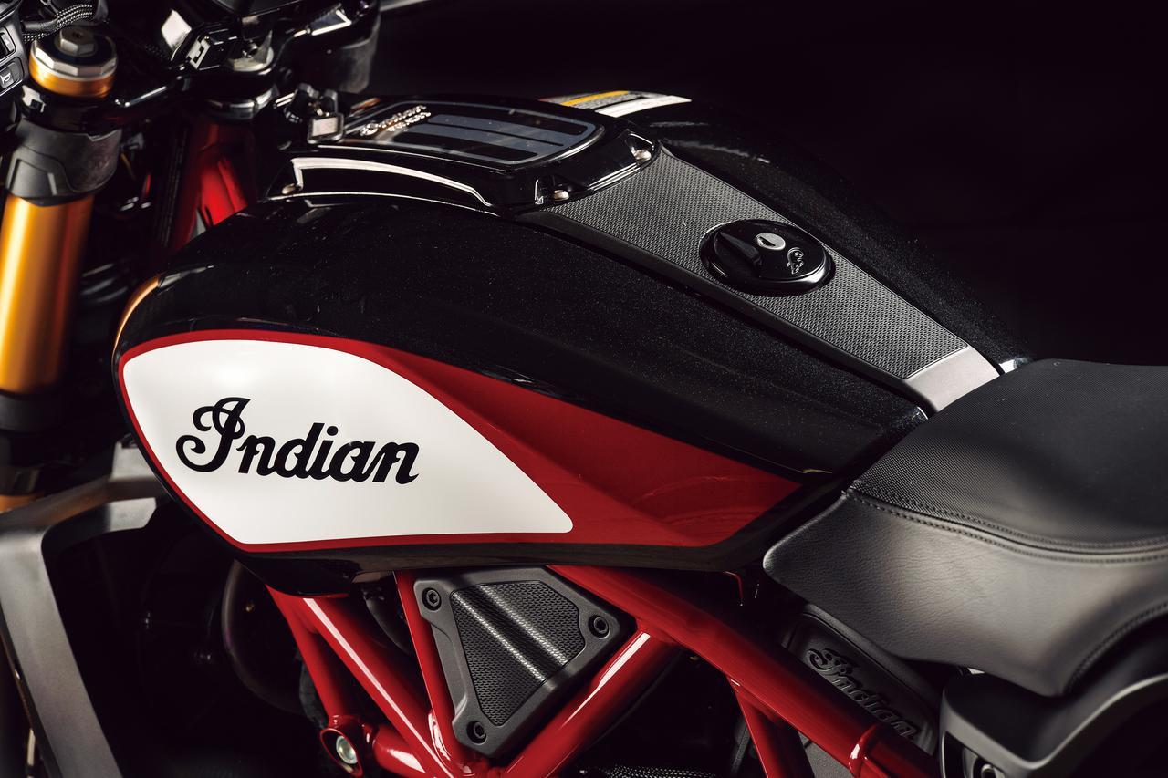 〈試乗インプレ〉インディアン「FTR1200S レースレプリカ」勝利と栄光を提げ、ストリートで輝きを放つ