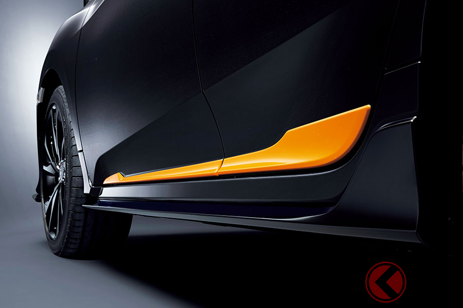 ホンダ新型「シビック」がスポーティに! オレンジとシルバーのアクセサリー発売