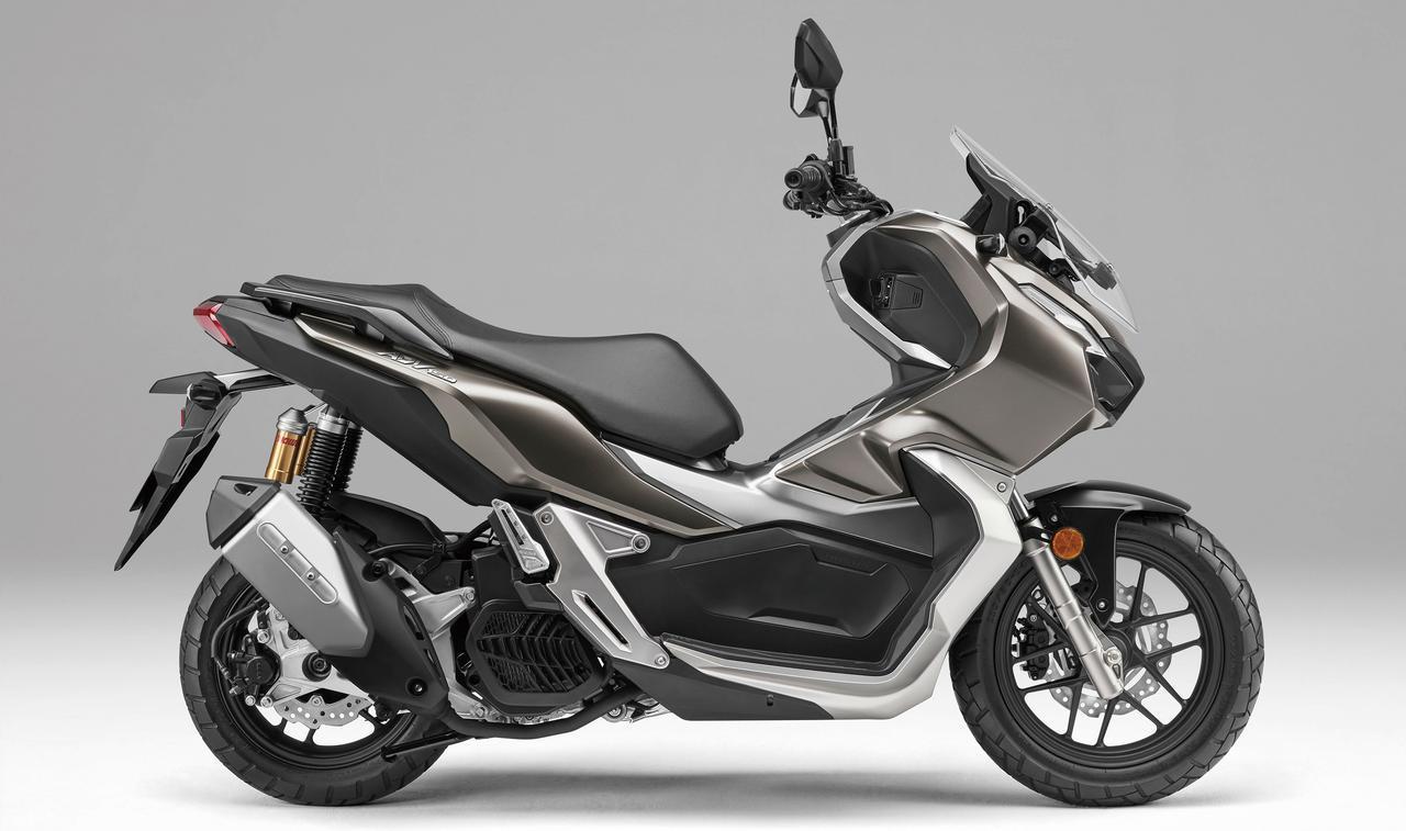 ホンダ「ADV150」の発売日は2月14日! 149ccのアドベンチャー・スクーターは未舗装路から高速道路まで想定された専用の足回りを採用