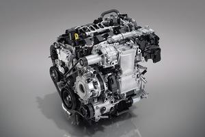 マツダ 「CX-30」にSKYACTIV-Xエンジン搭載モデルが登場