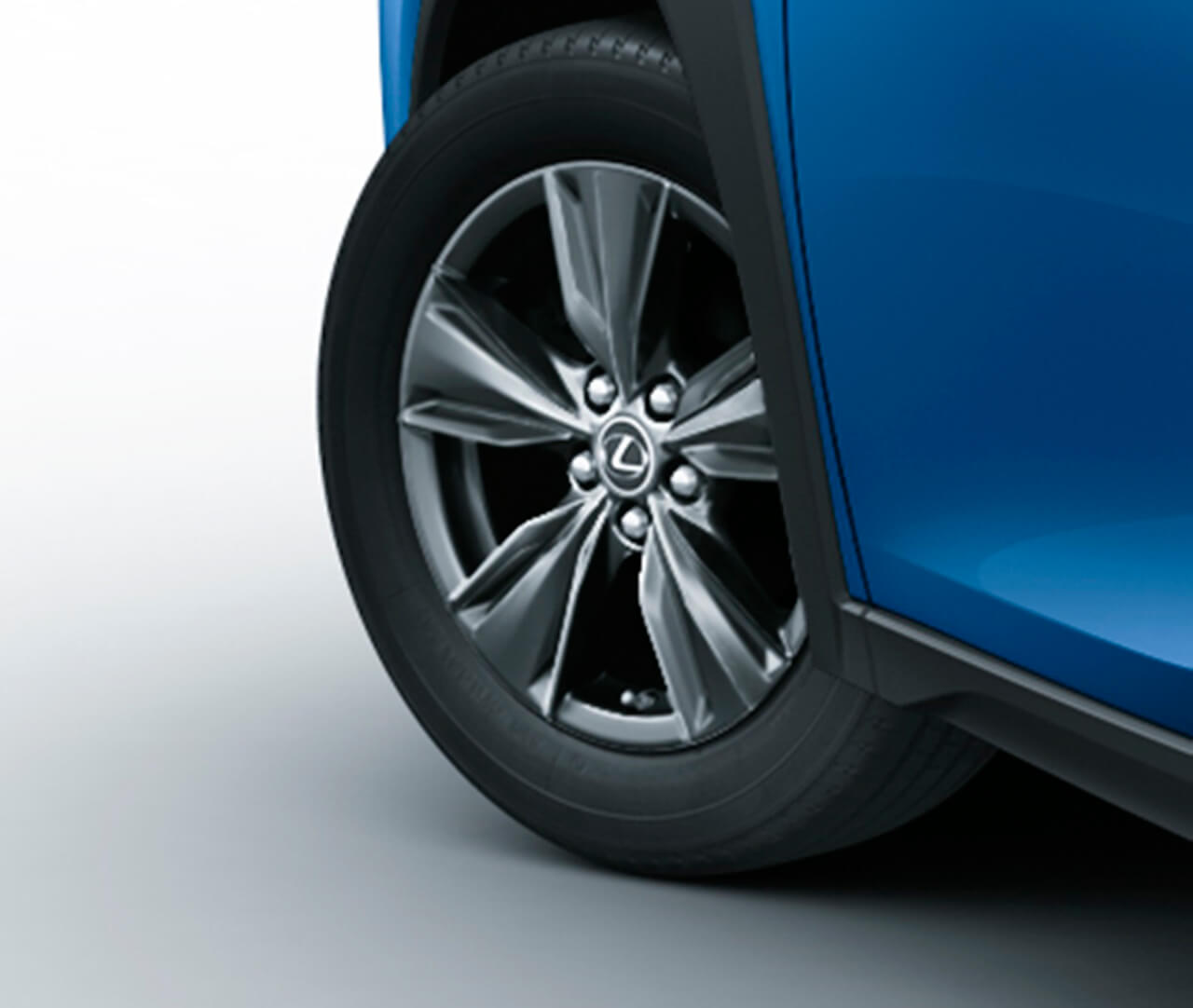 レクサスが「NX」にブロンズ、「UX」にはブルーをテーマにした特別仕様車を設定