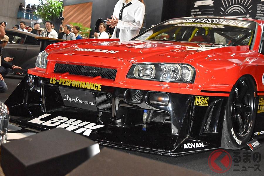 1500万円の「トミカ・スカイライン」!? ド派手な3リッター直列6気筒搭載のR34のスーパーシルエットを発売!