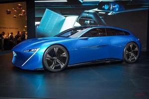プジョー、9月パリで電動車を発表か ディーゼル/ガソリン継続 GTiもプッシュ