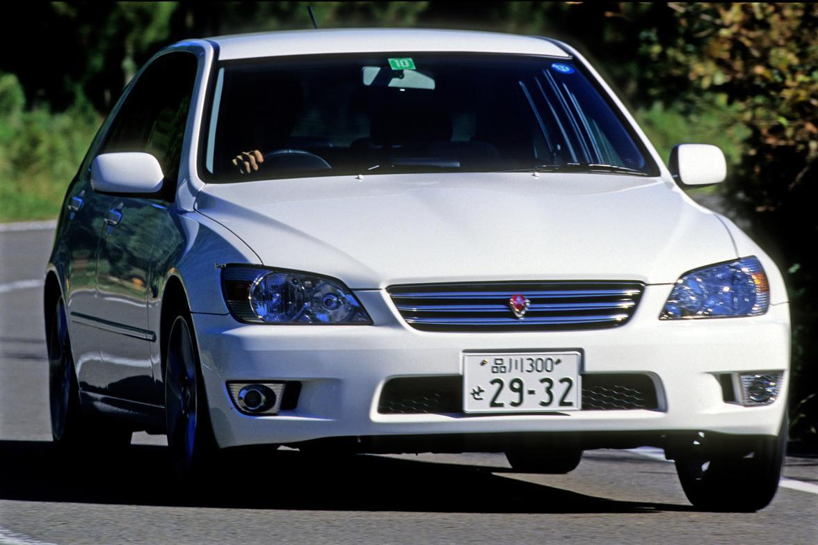 発売前は期待度MAXで大注目……なのに登場したら売れなかった国産車3選