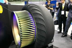 グッドイヤーが未来を紡ぐ。超個性的なコンセプトタイヤを公開