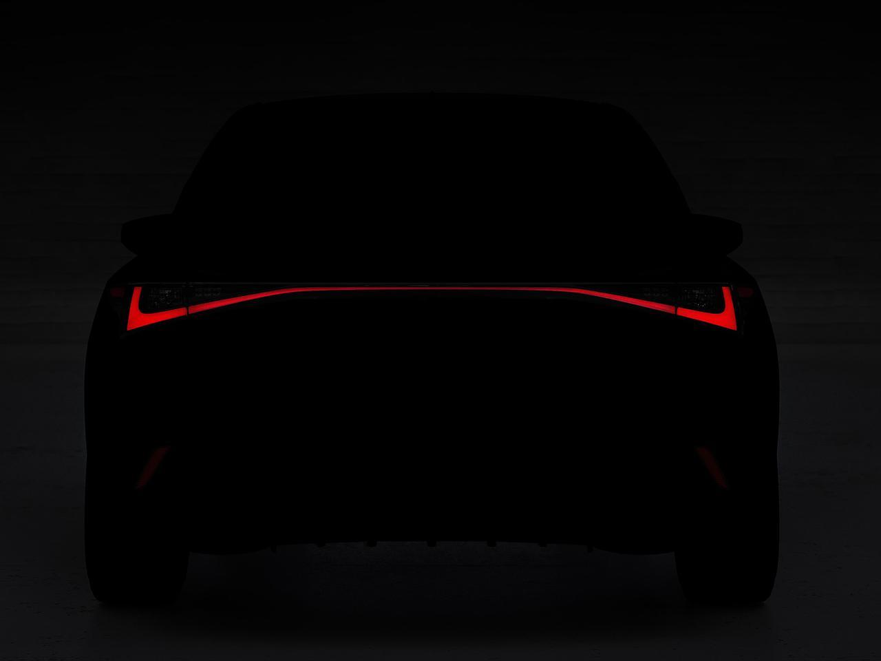 レクサスが新型ISをチラ見せ! 2020年6月10日にオンラインでワールドプレミアの予定