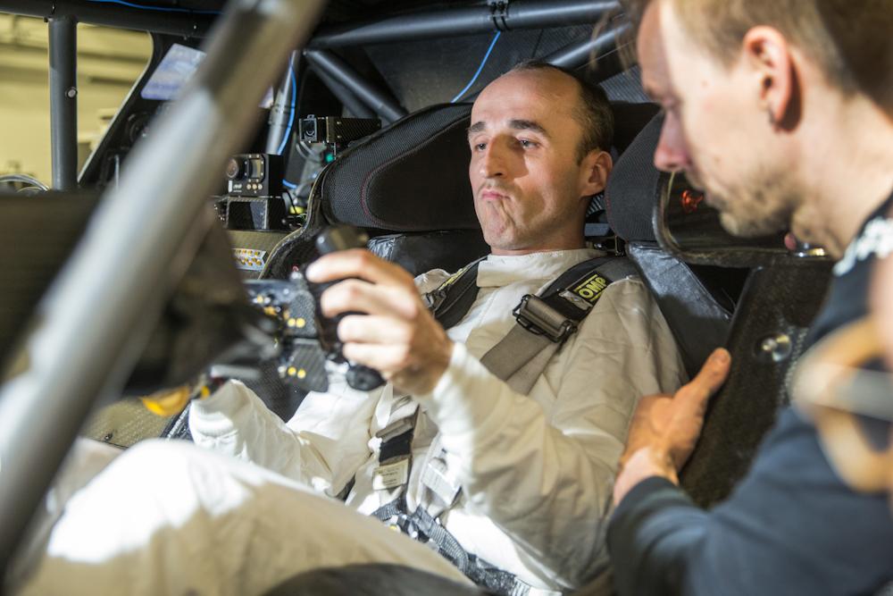 F1パイロットのR.クビツァがBMW M4で今季DTM参戦へ!
