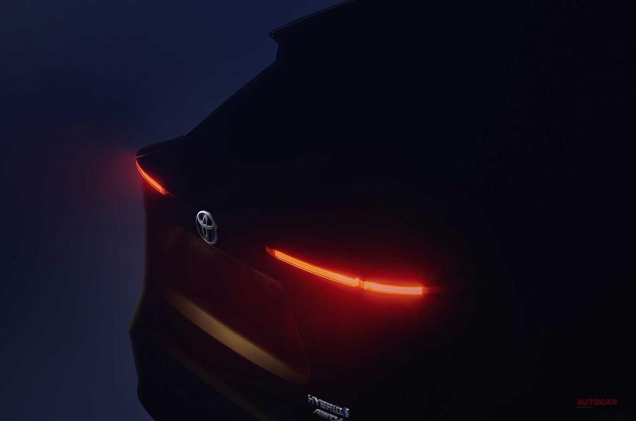 【リア・スタイリングを公開】トヨタ 新小型SUVは、ハイブリッド/全輪駆動 3月ジュネーブで発表