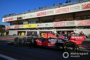 "F1テスト2日目午前、レーシングポイントのペレスが最速。メルセデスの""ステアリング""に疑いの目? ホンダ勢2台も好調"