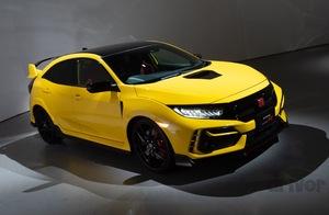 【情報解禁】シビック タイプRに黄色い限定車「リミテッドエディション」の存在が明らかに! 国内は200台限定で今秋発売。改良モデルとともに情報を先行公開