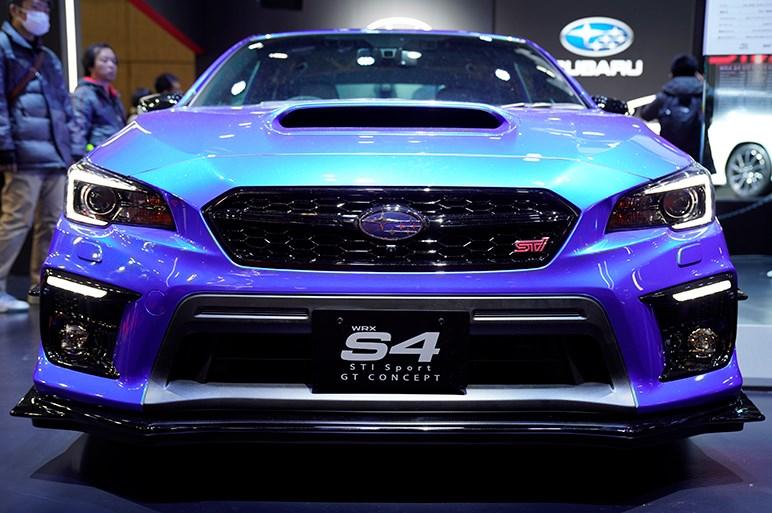 ドライカーボン製のリヤスポイラーを装着。WRX S4 STI Sport GT コンセプト - 東京オートサロン
