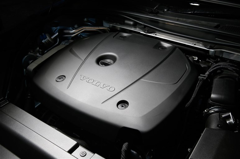 新型ボルボV90とS90速攻試乗。新世代プラットフォーム採用の走りは?