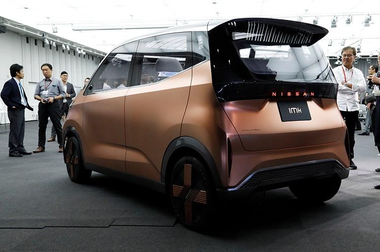 日産は東京モーターショーで本気度高そうな2台のEVコンセプトカーを出展