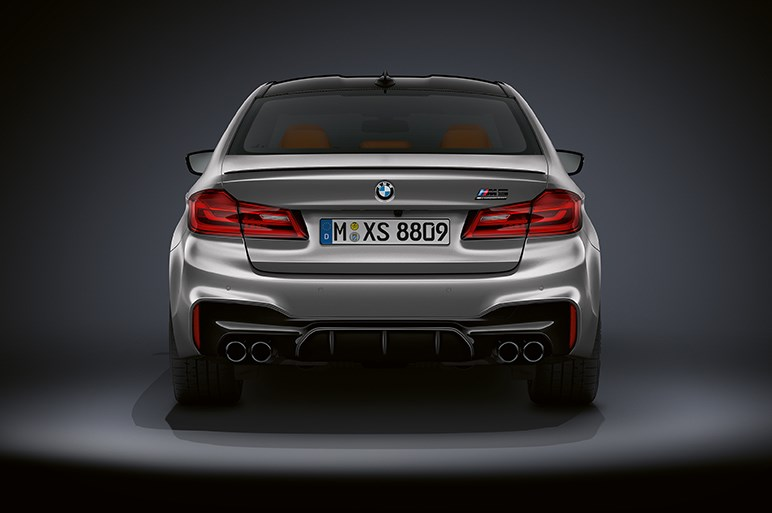 BMWがM5に625hpの過激なモデルを設定