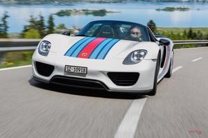 ポルシェ、918スパイダー後継の存在認める 911(992型)ハイブリッドも準備 ジュネーブ