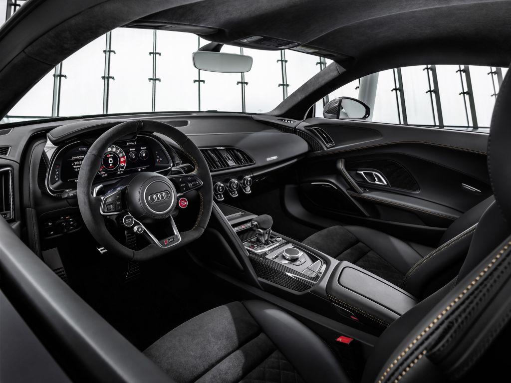 V10エンジン10周年を記念した限定モデル、Audi R8 V10 Decenniumを発表