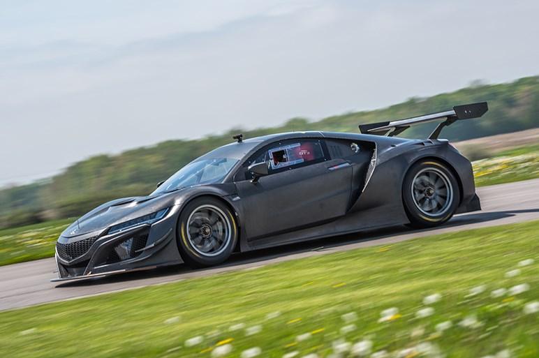 【SEMAショー2017プレイバック】ホンダはNSXのカスタマイズモデルやエントリー予定のレース車両を展示
