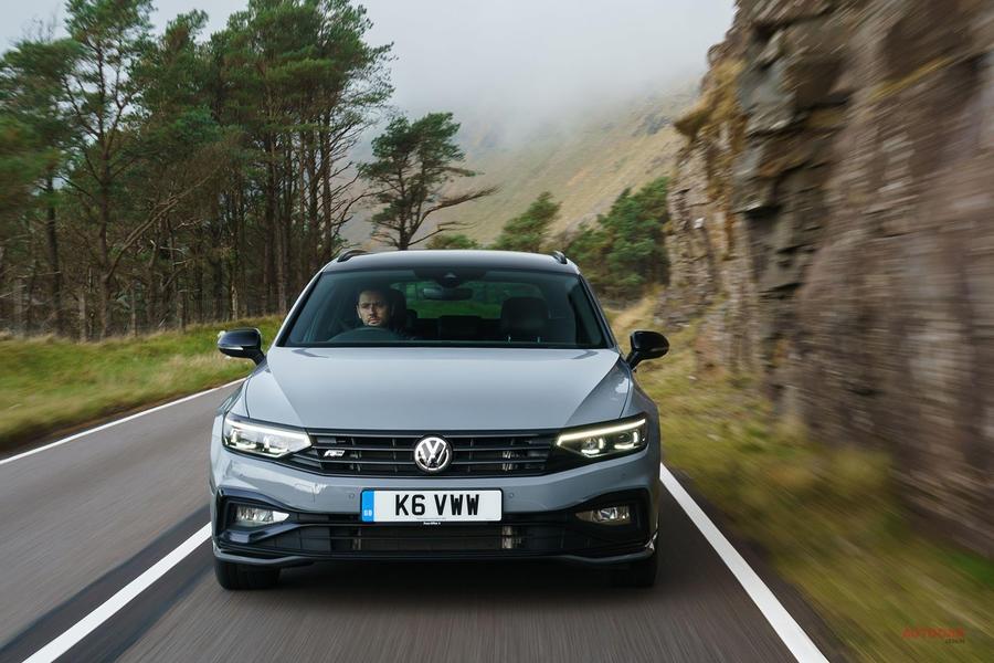 【趣味と実益を叶える】VWパサート2.0 TSI Rラインに試乗 英国では150台限定