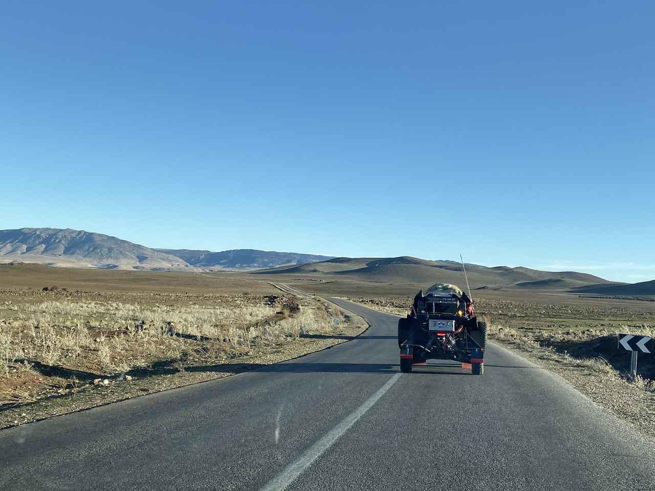 アトラス山脈をを越えて南下する750kmのロングステージ。Real Race to DAKAR Vol.4