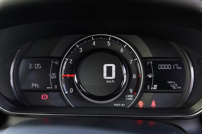 ホンダ S660 プロトタイプ、サーキットで先行試乗!