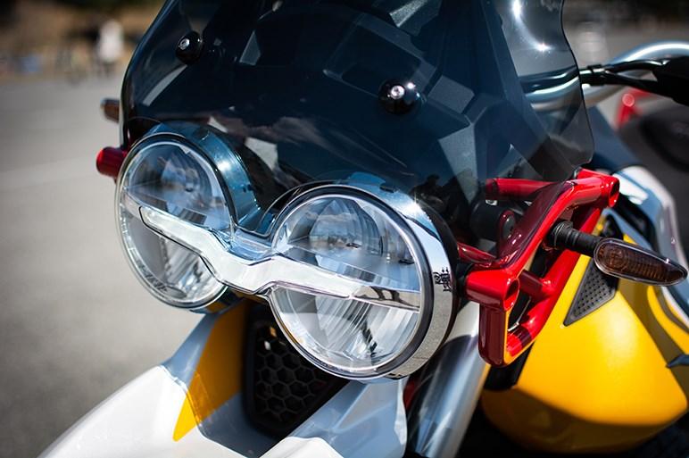 モト・グッツィ「V85 TT」はその風貌だけでなく乗り味も含めてあえて選ぶモデル