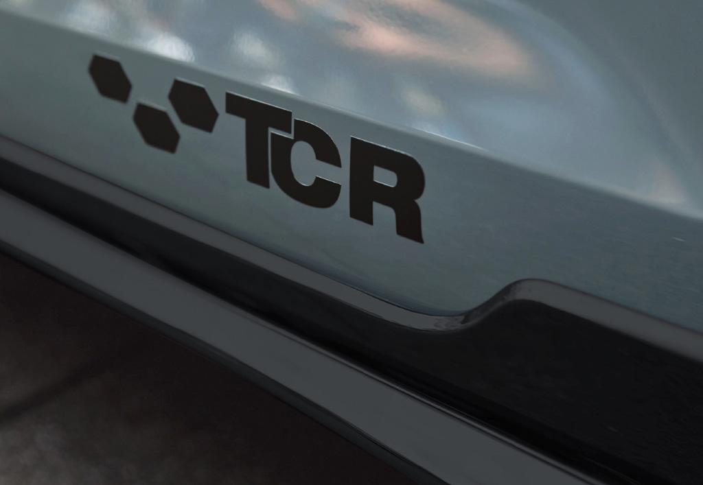 日本仕様では史上最強! 「フォルクスワーゲン・ゴルフGTI TCR」が受注開始