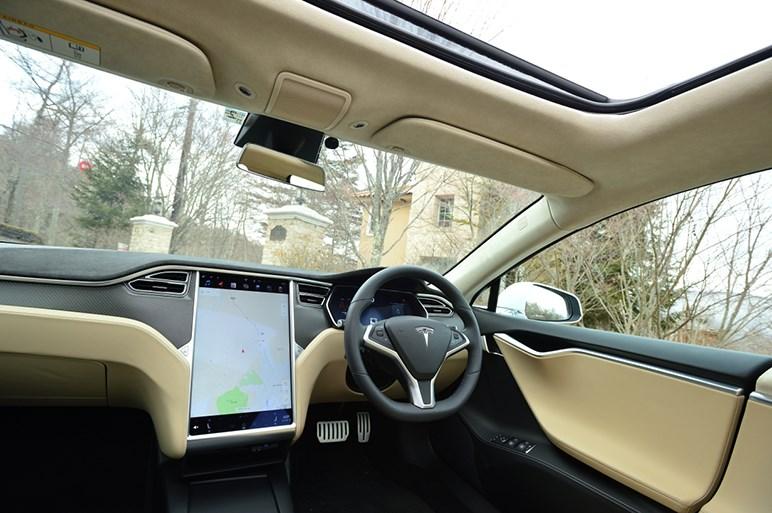 自動車評論家が2週間でテスラを注文した理由は「クルマの常識が破られた」