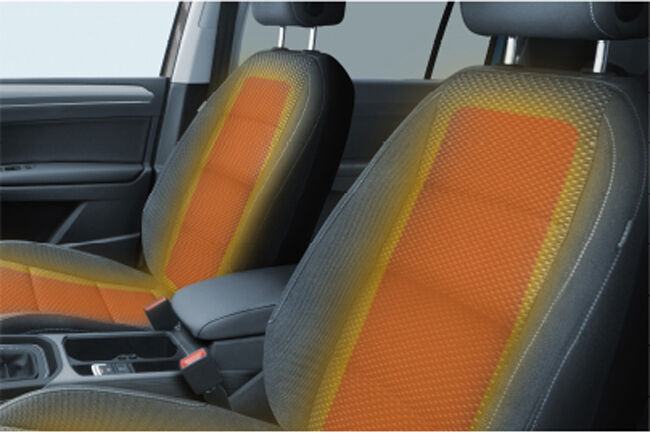 VWの人気コンパクトミニバン「ゴルフ・トゥーラン」に限定モデルの「TSIコンフォートライン・リミテッド」が登場