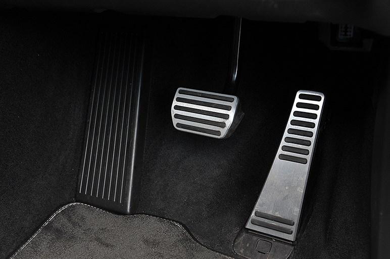 """ボルボV90 R-デザインに試乗。ラグジュアリー路線で乗り味は""""超熟""""に"""