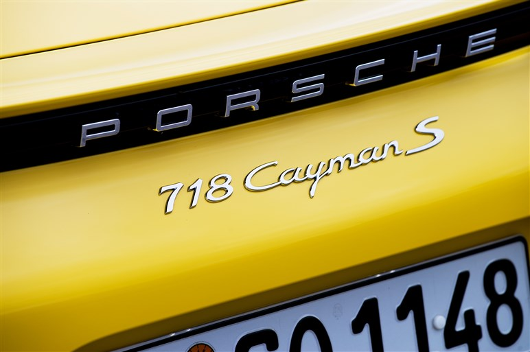 718ケイマン試乗。切れ味を増した走り&燃費が大幅向上