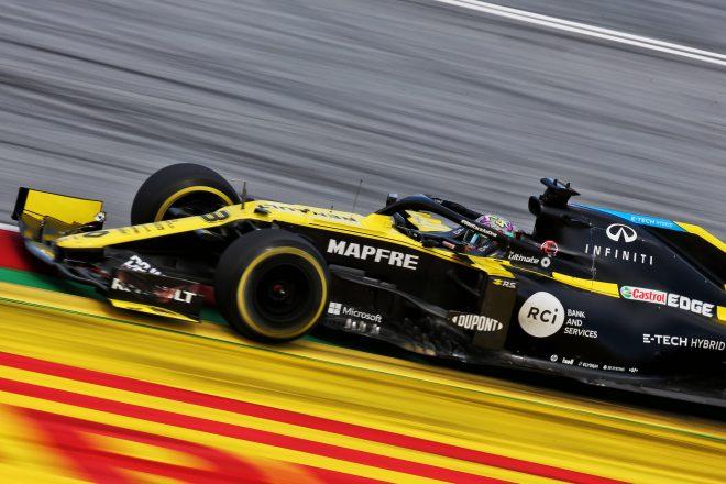 リカルド8位「ストロールをブロックすべきだったかもしれない」ルノー【F1第2戦決勝】