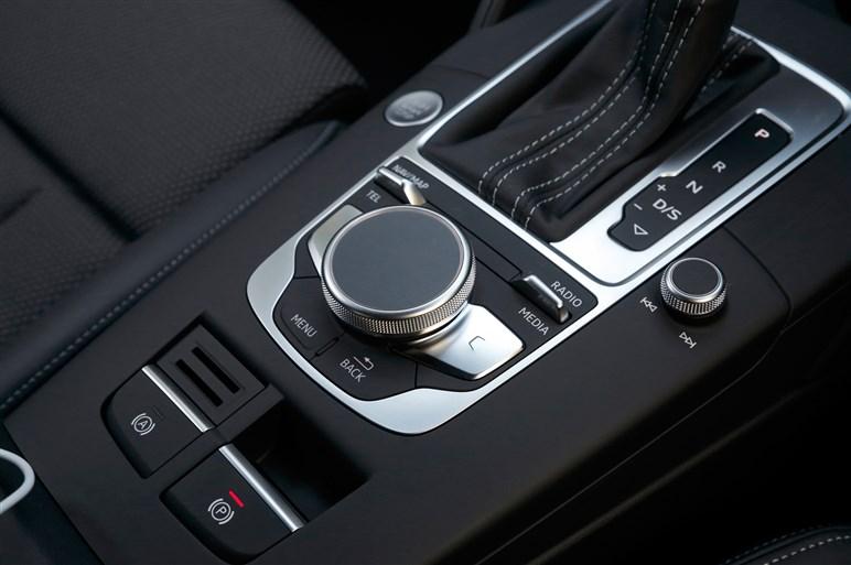 アウディA3/S3発売。自動ブレーキやACCを標準化して価格は293万円から