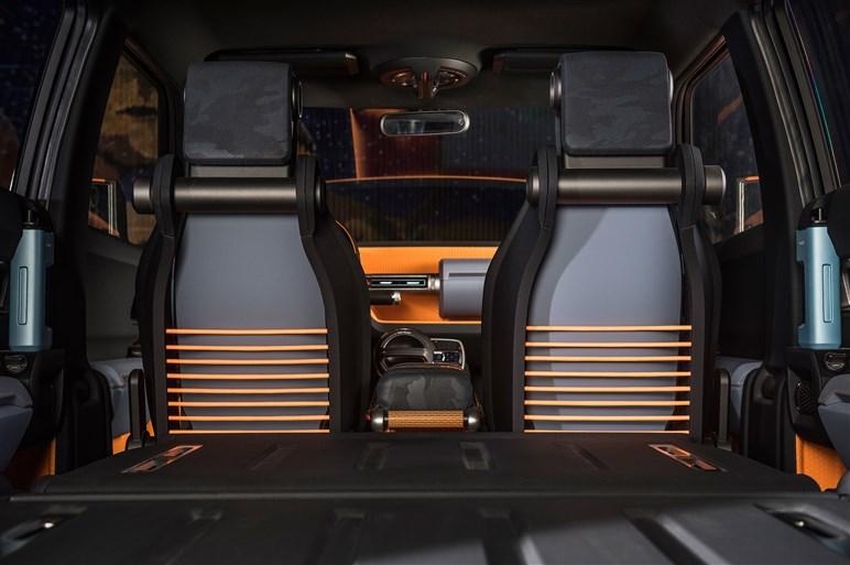 トヨタ FT-4Xの詳細装備を写真で紹介。全部実現したらスゴイかもしれない