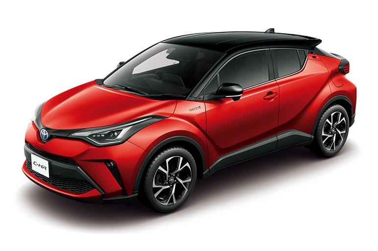 トヨタC-HRがフェイスリフト。高性能版のGRスポーツや、6速MTモデルも追加される