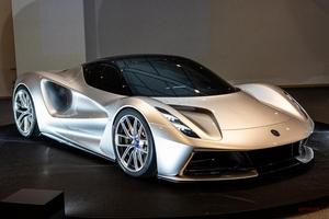 実車 ロータス・エヴァイヤ 2000ps、2億円超えのEVハイパーカー日本公開