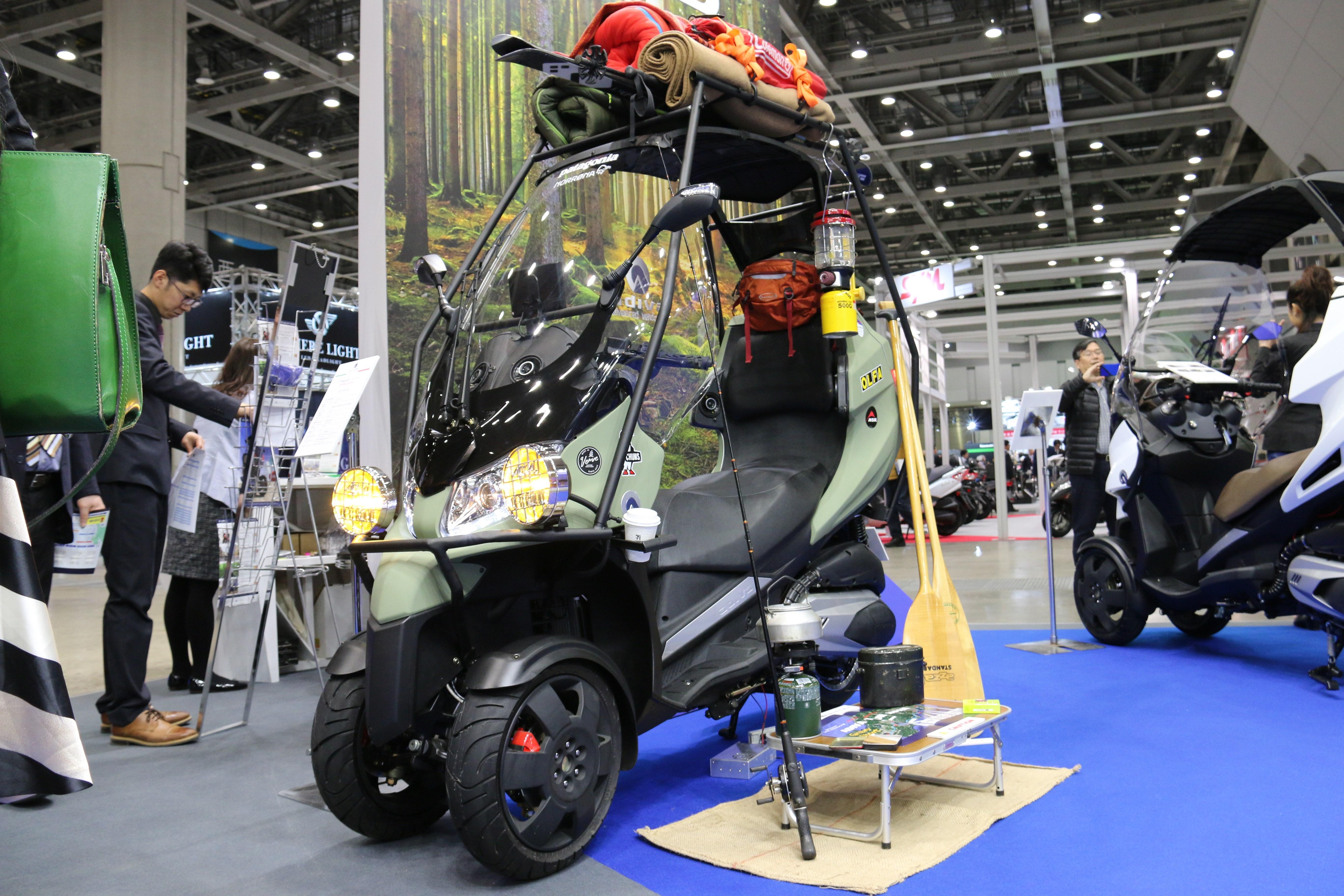 【東京モーターサイクルショー2017】これでキャンプに行ってみたい、アウトドア仕様の3輪バイク