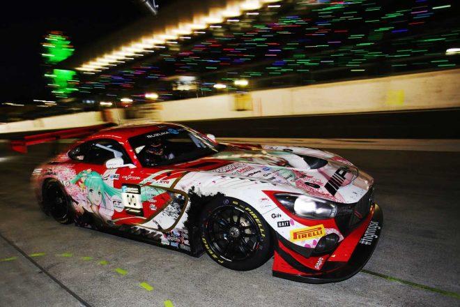 鈴鹿10時間:タイヤサプライヤーのピレリ、グッドスマイルなどスーパーGTチームの適応力を称賛