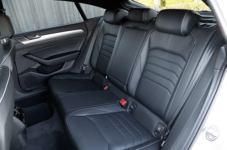VW新旗艦モデル、アルテオンは見た目や数値からは意外な走行フィールが持ち味