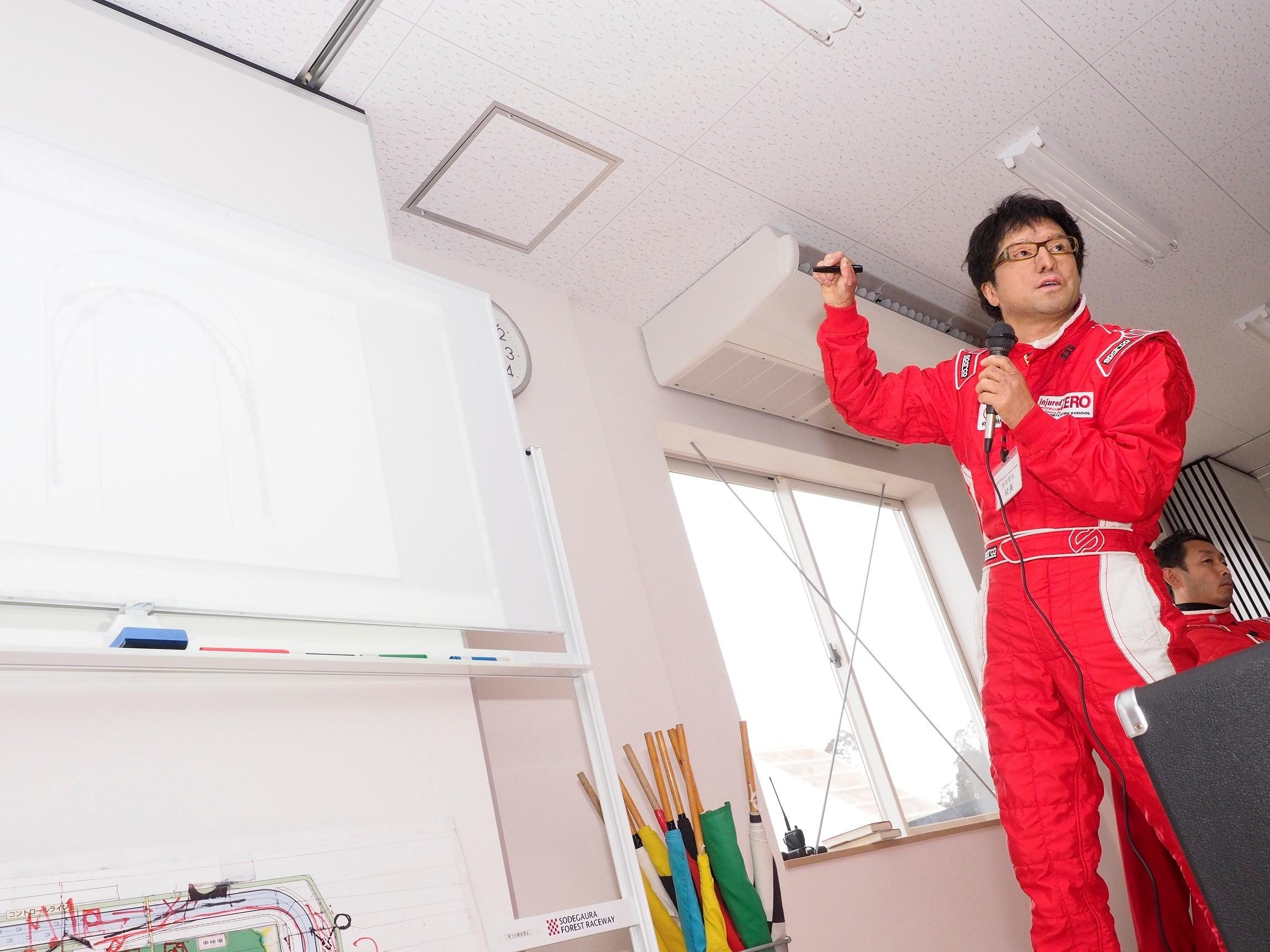 教習車両はロードスターRFとCX-5、太田哲也とマツダによる特別ドライビングレッスン at NATS...5月13日(土)