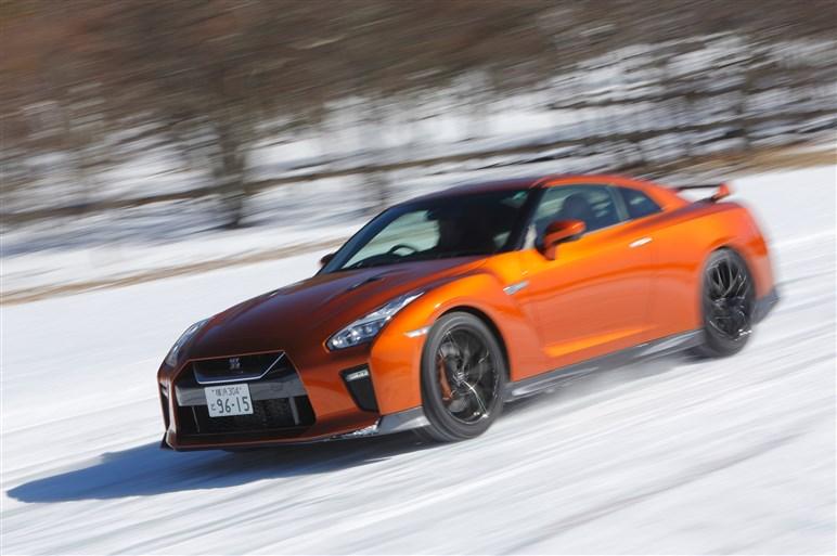 日産氷上試乗会でノートe-POWERの価値を再確認。GT-RやZなども